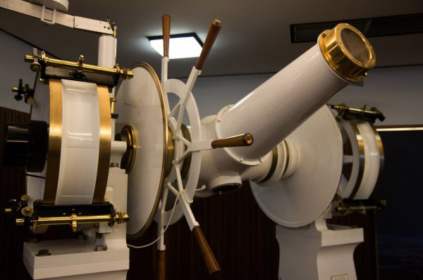 The transit meridian telescope. Image Credit: Steve Parkins